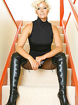 Pantyhose Pussy: Jo Guest in black pantyhose and thigh high boots