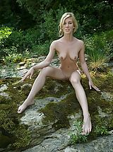 Outdoors Pics: Julia S. - Shelf
