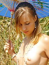 Teens Pics: Summer art of nude