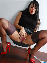 Vulva Photos, Teacher Sasha In Nylons - Sexy teacher sasha in nylons fucks black dildo