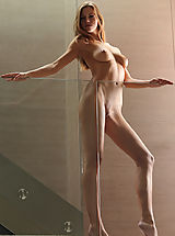 Babes Babes: Supermodel Eufrat poses nude in the House of Glass...