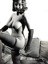 Formerly Forbidden Porn Photos of 1940-1950 - Natural Wives Posing Naked and Shaking Knockers - Retro Pornography