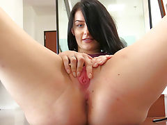 Hot Pussy Pics, Tracy Spreading Her Pink