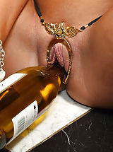 Moese, August Ames Inserts Wine Bottle and Distorts Pussy