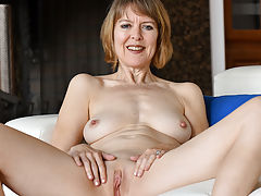 Clit, Her Mature Style
