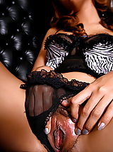 aunya 02 black stockings secretary vulva