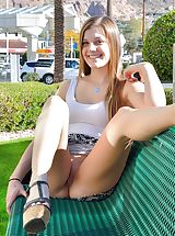 Naked Babe Cassidy Legs Made For Upskirt