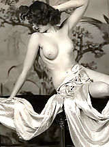 Vintage Babes: Forefathers Erotica