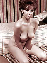 Vintage Babes: Blast from the Past Orgasm