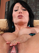 hairless slit, Zoey Holloway