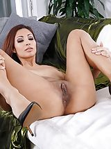 Mature Pussy, Photo Set No. 1348 Jade Jantzen unveils her own sizeable cans and bares her own solid slit