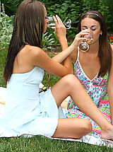 ALS Scan Pussy Pics, Sexy Parker Sisters Nude Picnic and Play - 12/3/2013