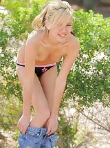 Alexa gets naked in the park