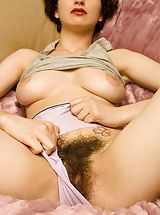 Hairy Pussy: Candy C5  exposes her amazing fun bags