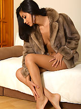 MPL Studios Pussy: 2011 nude art experiece bianca bedazzled