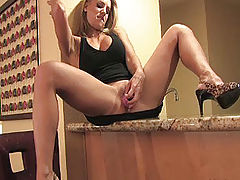 Naked Babes, Anne plays with her pussy