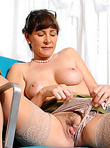 Milf Babes: Alexandra Silk shows us whats underneath her clothes
