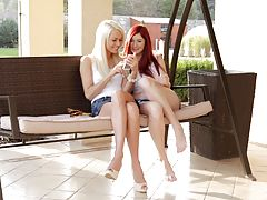 24727 - NackteFrauen.club - Girls Just Want To Have Fun