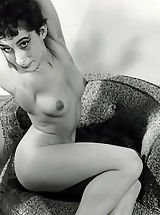 Vintage Babes: Leggy Babes in 70's Photos of 1950s-1960s Lovely Bare Chicks Expose Their Beautiful Legs and Perky Breasts