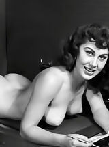 Vintage Pussy: Forefathers Weiber