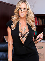 Secretary Pussy: Brandi love teaches lessons on sucking dick and fucking.