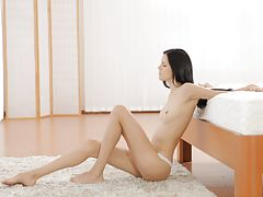 Babe, 22012 - Nubile Films - Body Lines